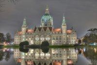 Rathaus_Nacht.jpg